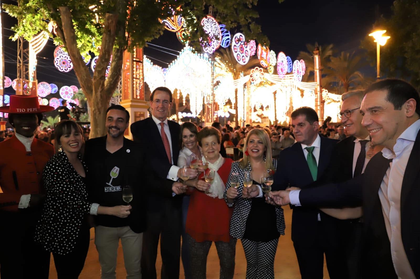 Jerez y Jabugo brindan en la Feria