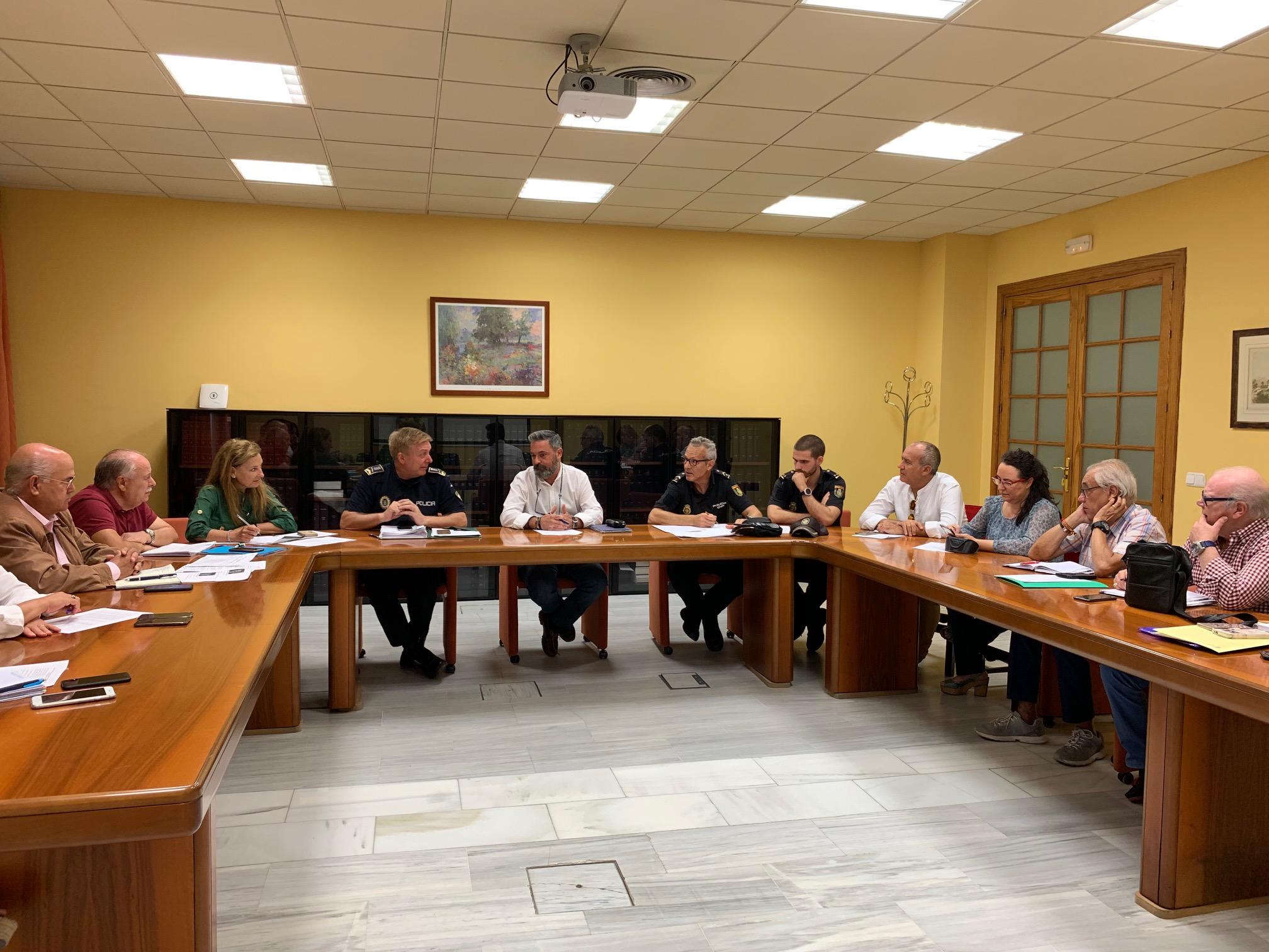 Rubén Pérez durante la reunión