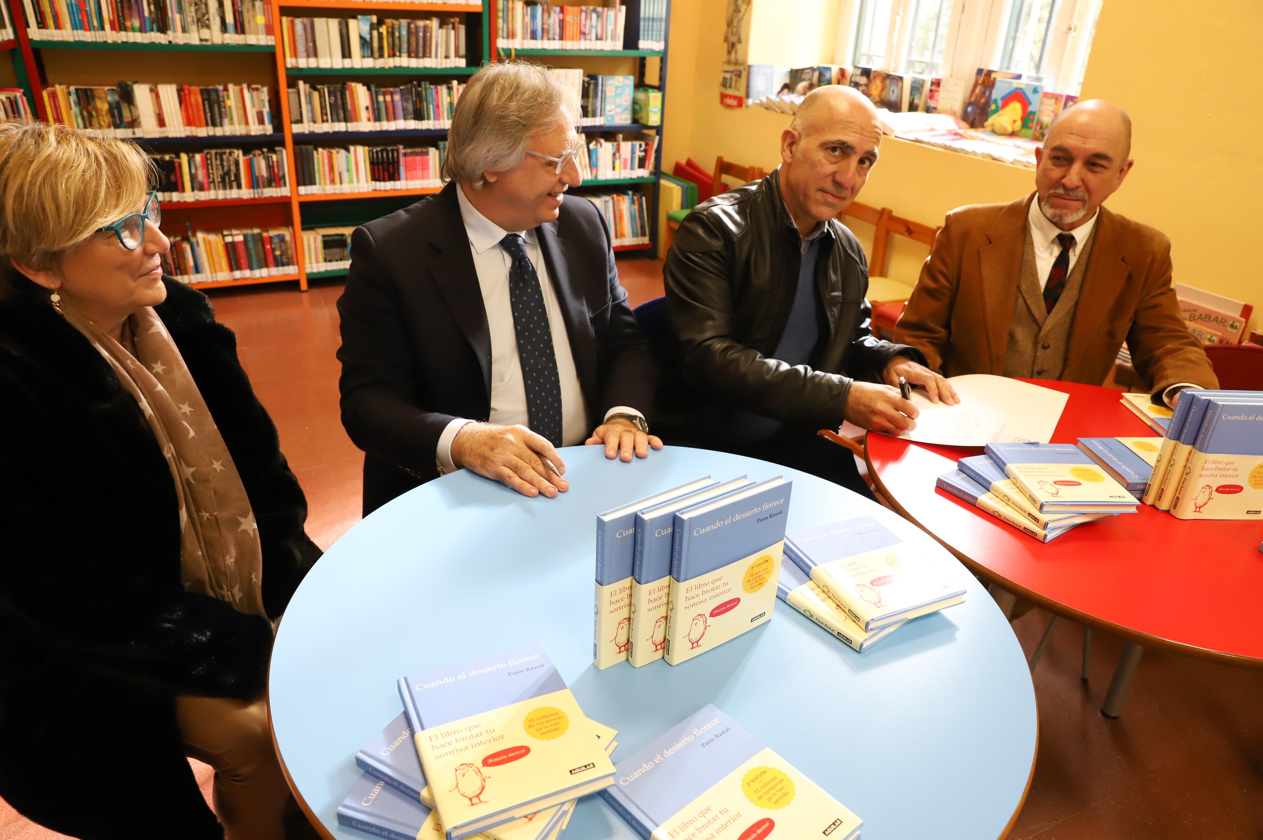 Cesión libros biblioteca