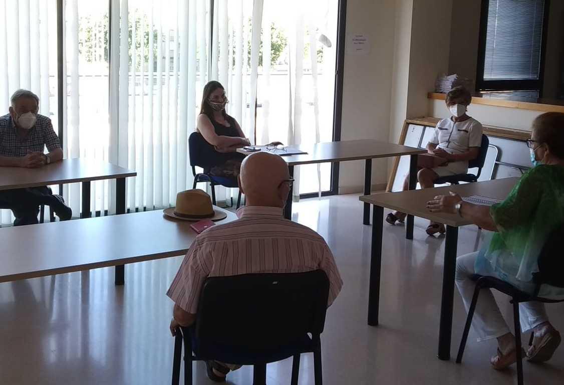 Collado reunión con mayores