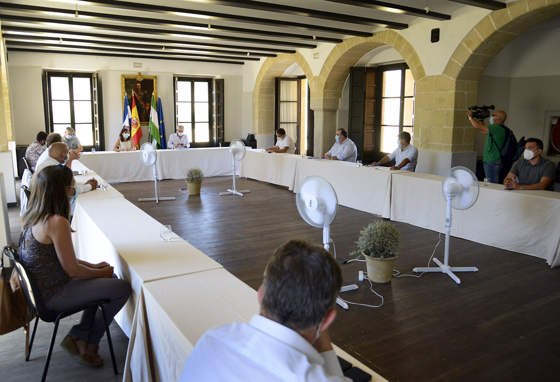 Álvarez reunión empleo ayuntamientos