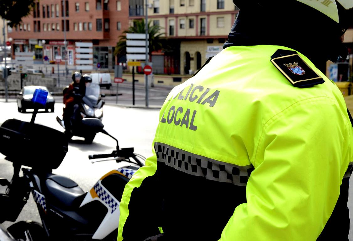 Policía actos incívicos motos