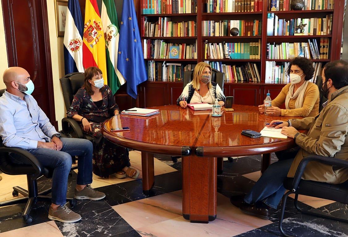 Alcaldesa reunión ELAs