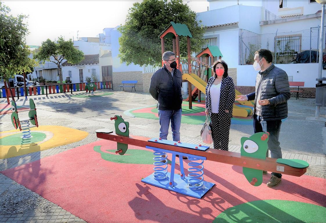 Parque infantil en Torremelgarejo