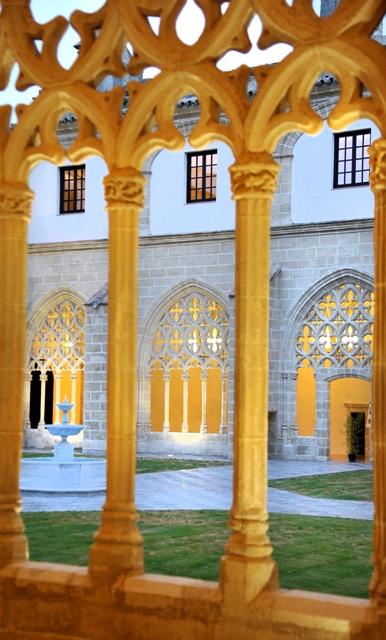 Imagen de los claustros de Santo Domingo