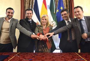 Firma contrato Nuevos autobuses