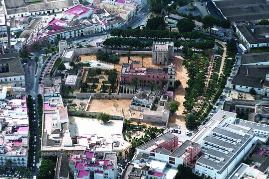 Conjunto Monumental del Alcázar: Ayuntamiento de Jerez - Página ...