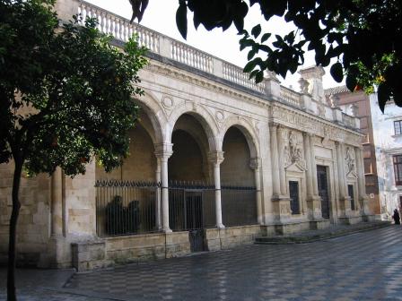 Imagen acceso antiguo a biblioteca