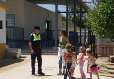 Imagen de Agente en centro escolar