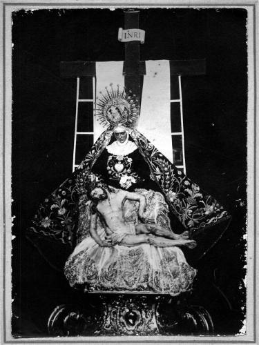 Imagen grupo escultórico antigüo